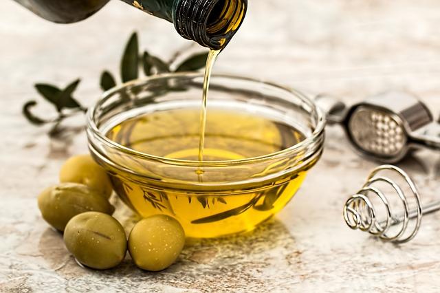 olej a olivy